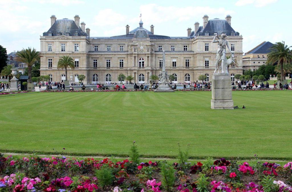 Les carpes du Luxembourg. À propos du Sénat et du Conseil constitutionnel. [Par Thomas Hochmann]