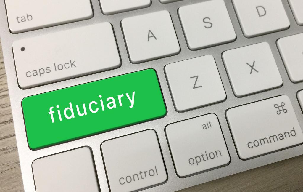 <b> La « fiducie informationnelle », une réponse juridique pertinente à l'emprise des géants du numérique ? Les apports de la théorie de Jack Balkin </b> </br> </br> Par Kamel Ajji