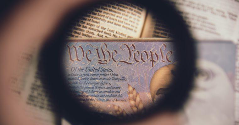 <b> La privatisation des fonctions étatiques est-elle un coup d'État constitutionnel ? </b> </br> </br> Par Thomas Perroud