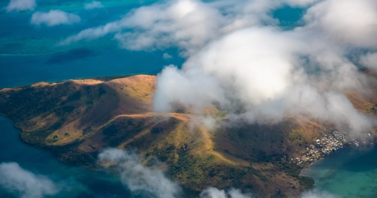 <b> Les dernières élections législatives aux Fidji :une étape dans la transition constitutionnelle de la république militaire  </b> </br> </br> Par Géraldine Giraudeau