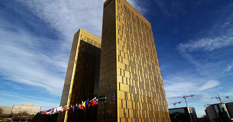 <b> L'arrêt Wightman de la Cour de justice de l'UE <p> Au nom de «l'union sans cesse plus étroite»</b> </br> </br> Par Myriam Benlolo-Carabot