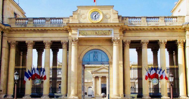 <b> «Affaire des sirops Monin»: la souplesse déontologique du Bureau de l'Assemblée nationale </b> </br> </br> Par Baptiste Javary