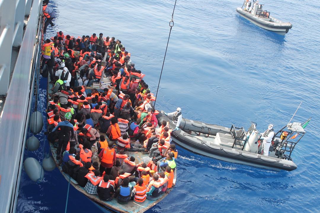 <b> De la division à l'union sacrée de l'Europe face à la crise migratoire: le rôle de Frontex </b> </br> </br> Par Estelle Chambas