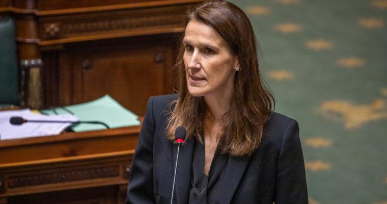 <b> Le droit constitutionnel belge à l'épreuve du COVID-19 (2/2) </b> </br> </br> Par Julian Clarenne et Céline Romainville