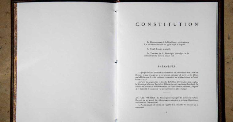 <b> Les propositions citoyennes pour le Climat face au choix du Présidentde la République: faut-il modifier la Constitution? </b> </br> </br> Par Clément Cadinot