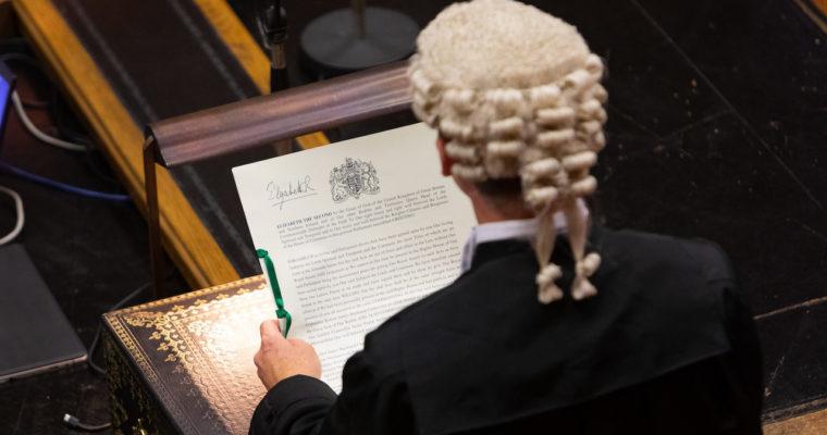 <b> L'abrogation du Fixed-term Parliaments Act: rendre à la Reine ce qui appartient à la Reine </b> </br> </br> Par Lucas Verdet