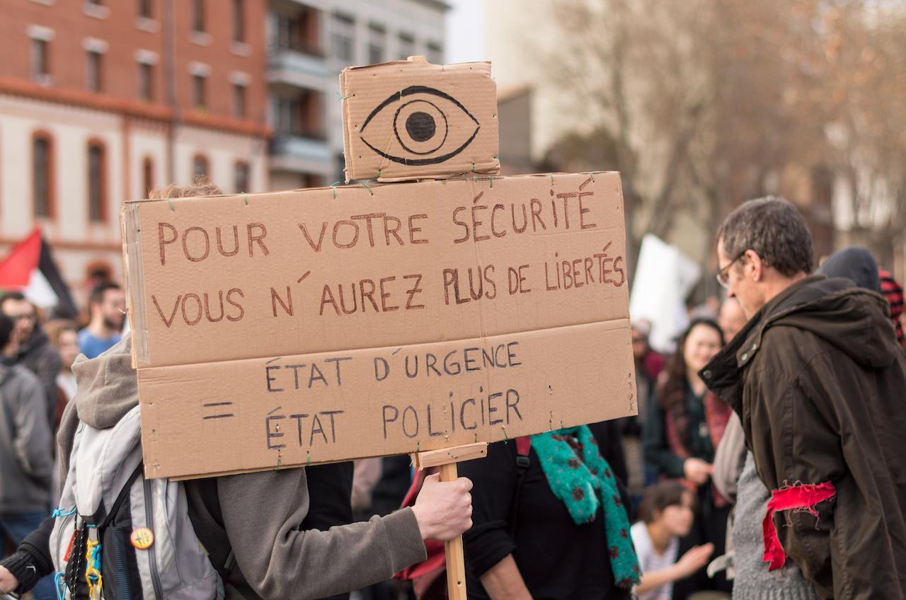 <b> De la banalisation des états d'urgence </b> </br> </br> Par François Saint-Bonnet