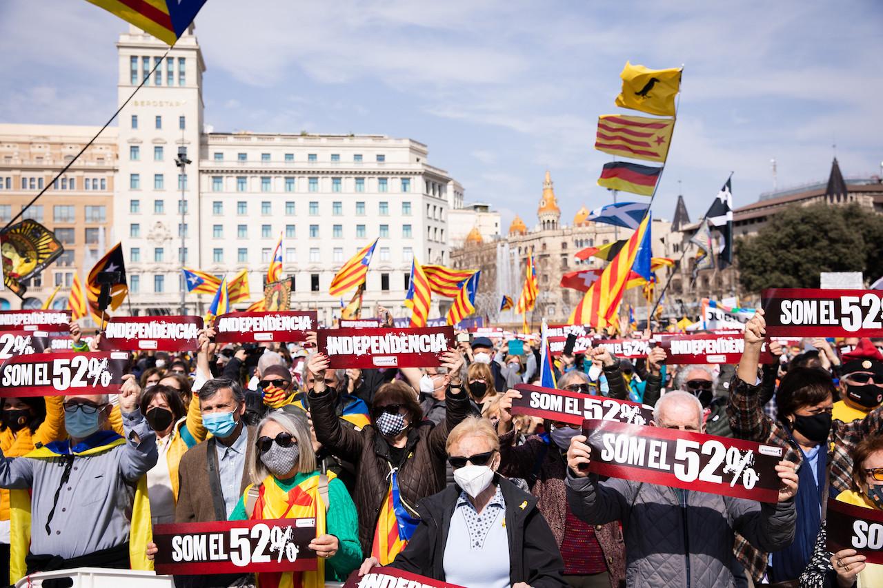 <b> À propos des élections législatives catalanes du 14 février dernier </b> </br> </br> Par Anthony Sfez
